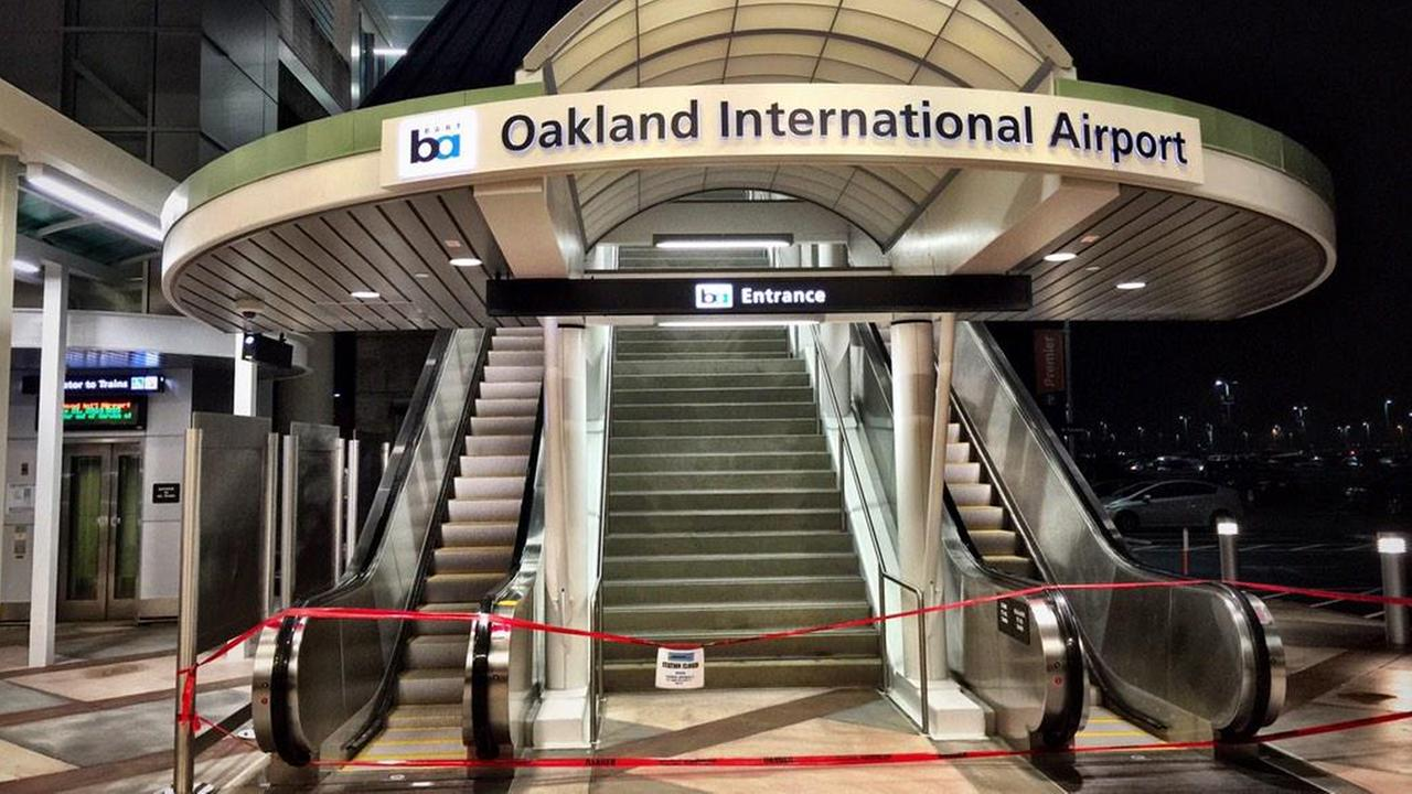 Oakland Airport BART station