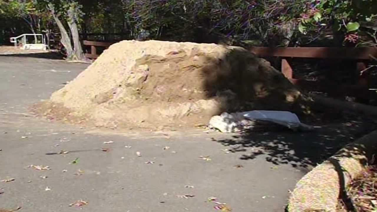 Contra Costa County is offering free sandbag filling stations during the storm.