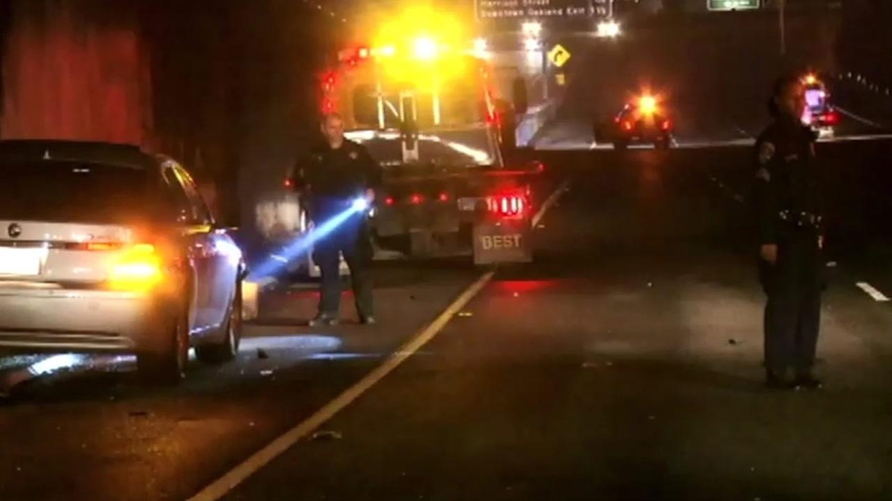 Police in Oakland are looking for the driver involved in a multi-car crash on I-580 that left one person dead and another injured.