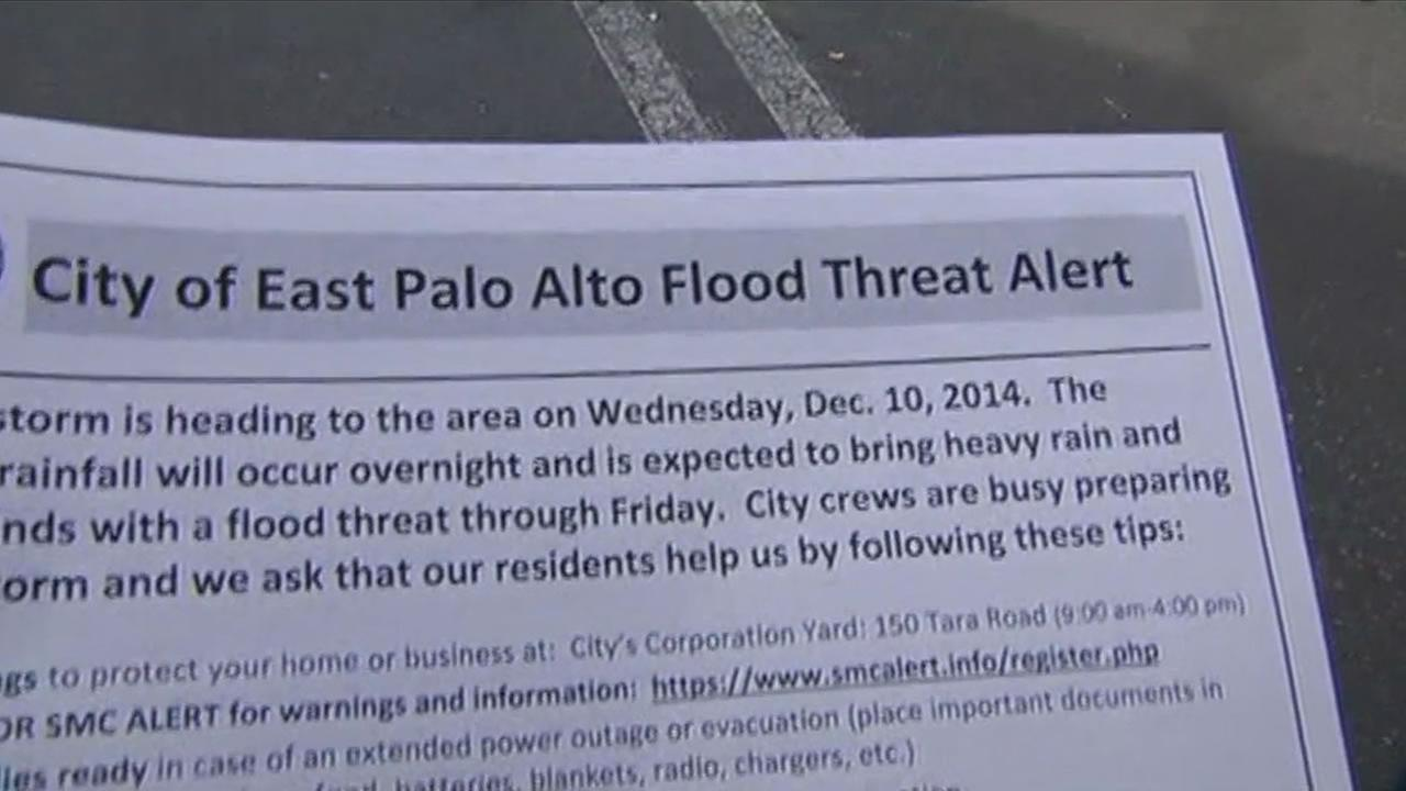 Fliers were passed in Palo Alto and East Palo Alto alerting people to the possible flooding of San Franciscquito Creek.