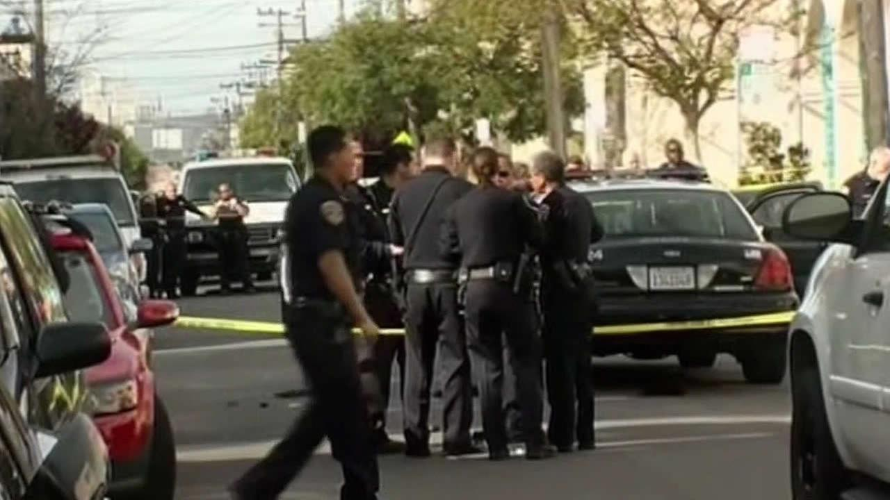 San Francisco police at murder scene
