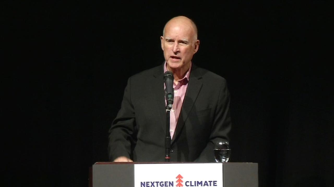 Gov. Jerry Brown attends a climate change summit in Oakland on Monday, Dec. 15, 2014.