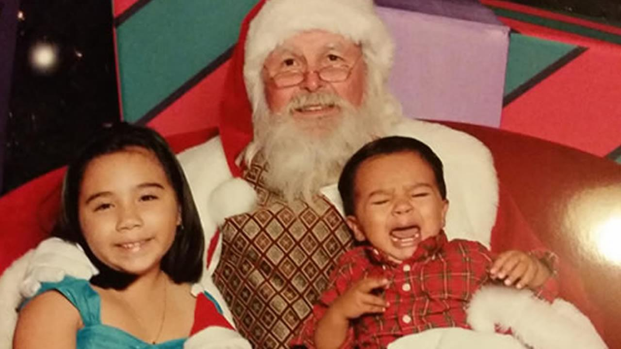 Brother and sister meet Santa! (Photo sent by Deborah via uReport)