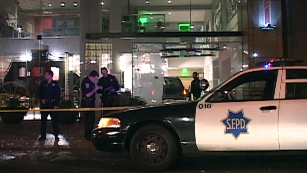 Bank robbery scene at Wells Fargo in San Francisco.