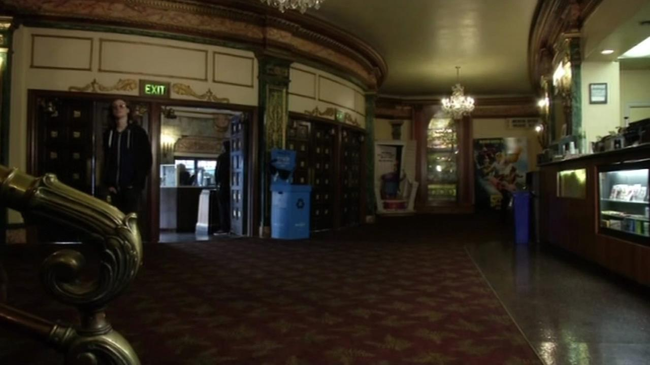 The lobby at the Grand Lake Theatre is seen in Oakland, Calif., Feb. 2015.(ABC7/Wayne Freedman)