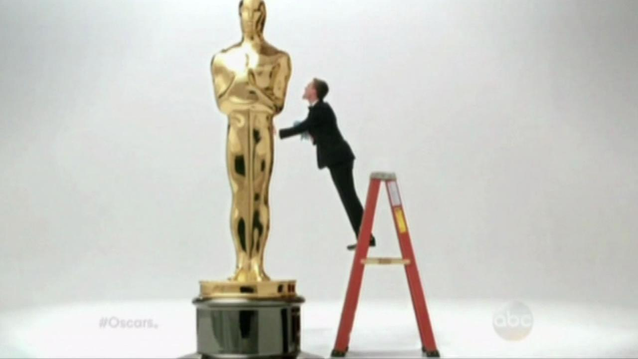 Neil Patrick Harris and lifesize Oscar