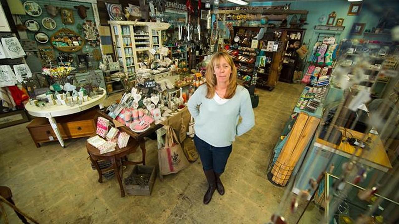 Patricia Trimble in her store KGO-TV/Wayne Freedman