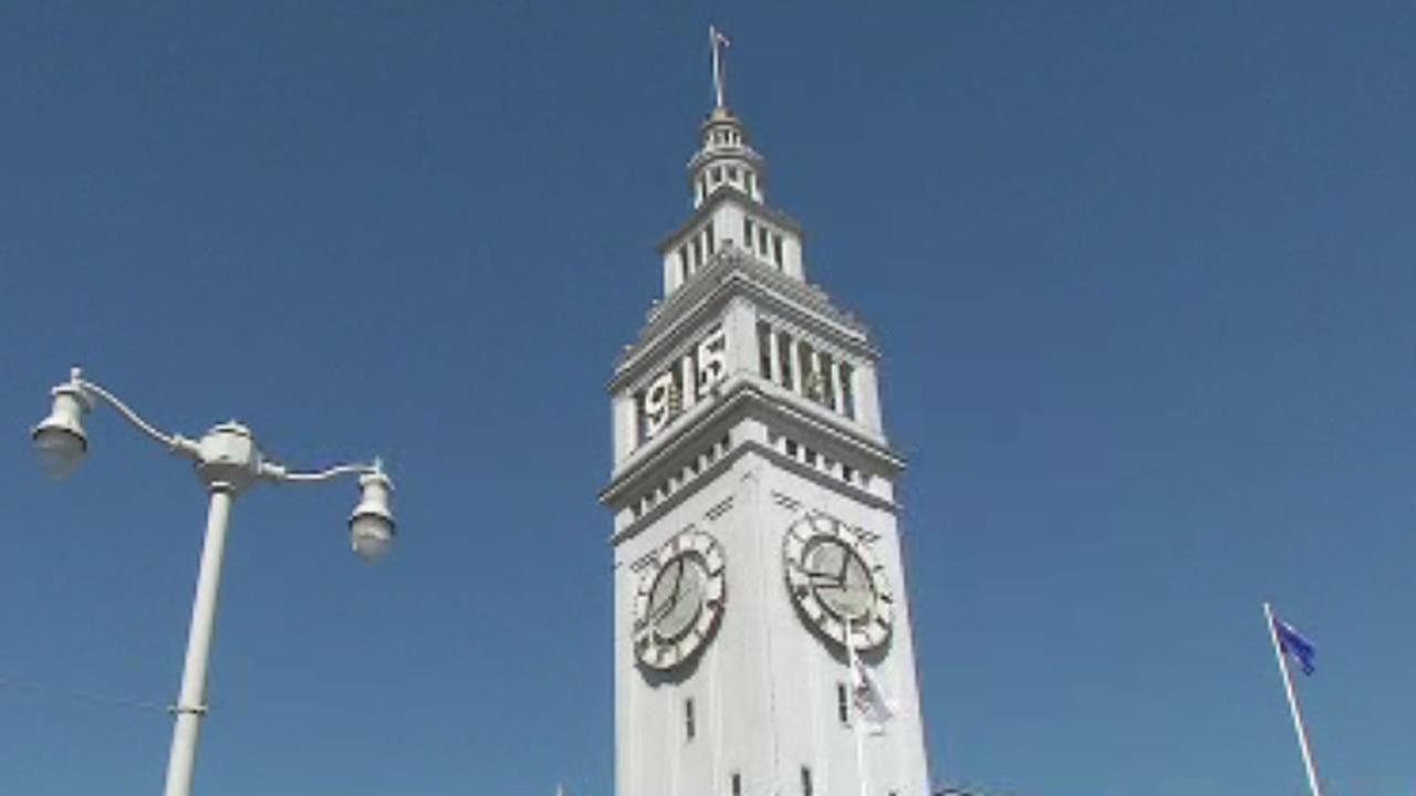 San Francisco Ferry Building with 1915 added to it