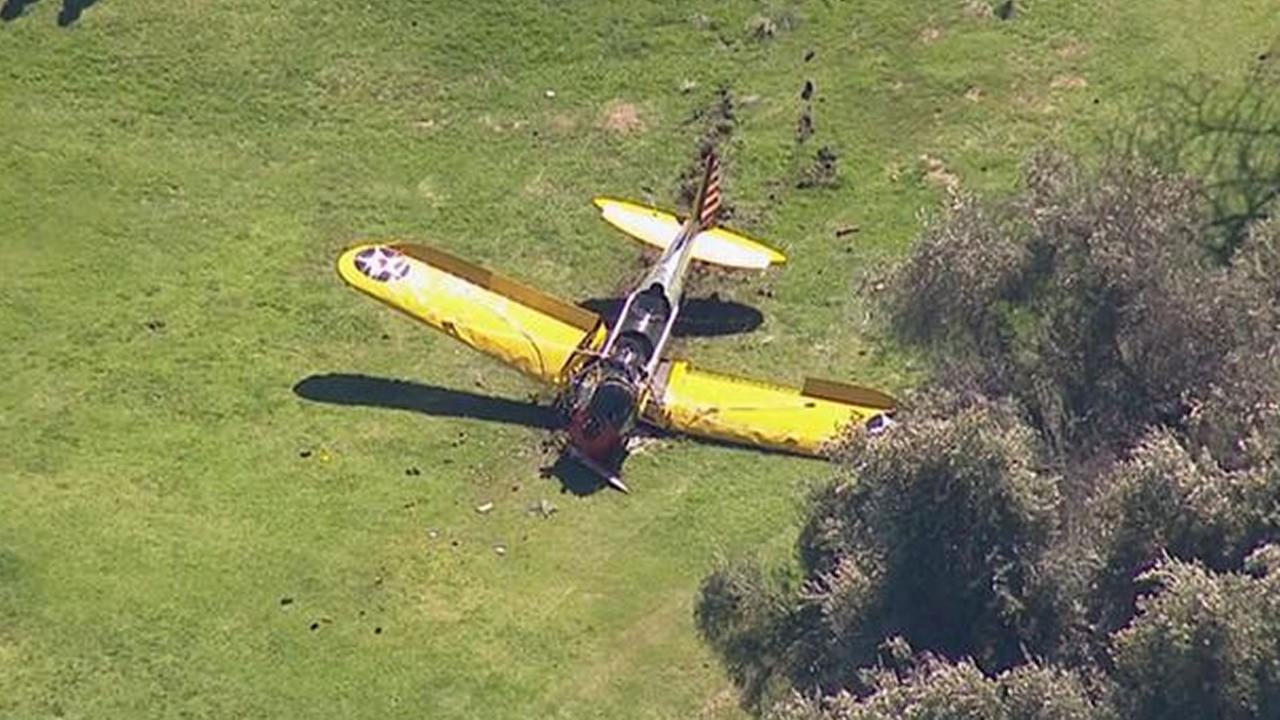 Harrison Fords plane crashed on golf course