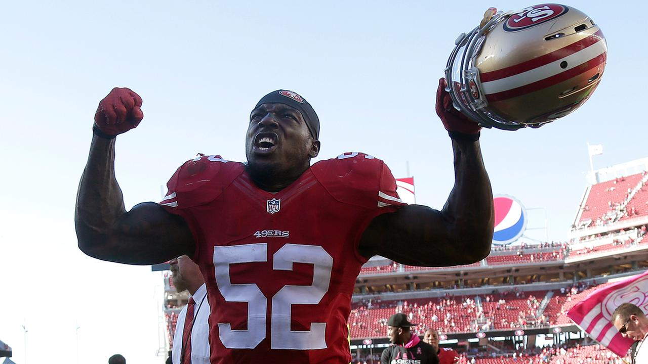 San Francisco 49ers linebacker Patrick Willis celebrates after the 49ers beat the Kansas City Chiefs 22-17 in an NFL football game in Santa Clara, Calif., Sunday, Oct. 5, 2014.