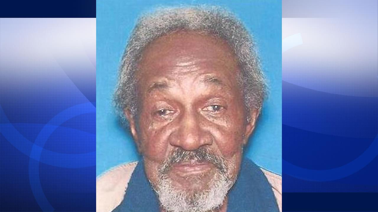 Oakland police are searching for 79-year-old King Carraway Jr.