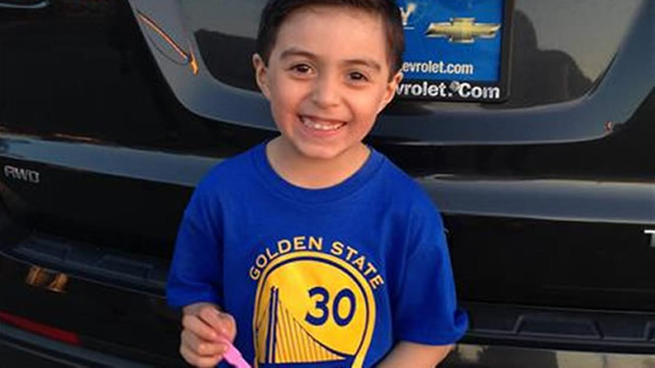 Golden State Warriors fans are showing off their team pride. Send your fan photos to uReport@kgo-tv.com!