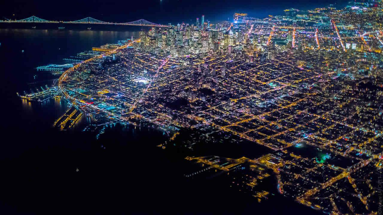 Pulitzer Prize-winning photographer Vincent Laforet has released a series of images showing San Francisco from 10,000 feet above.