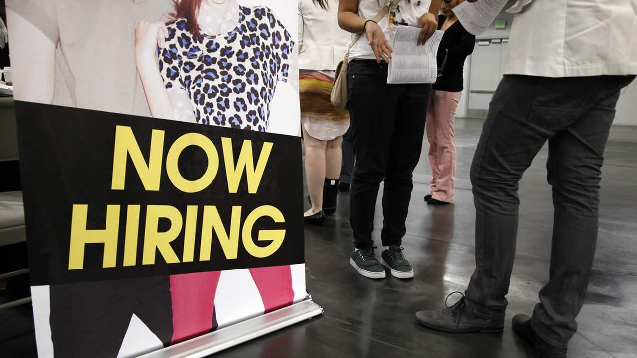 US added 235,000 jobs in February, making Fed rate hike likely