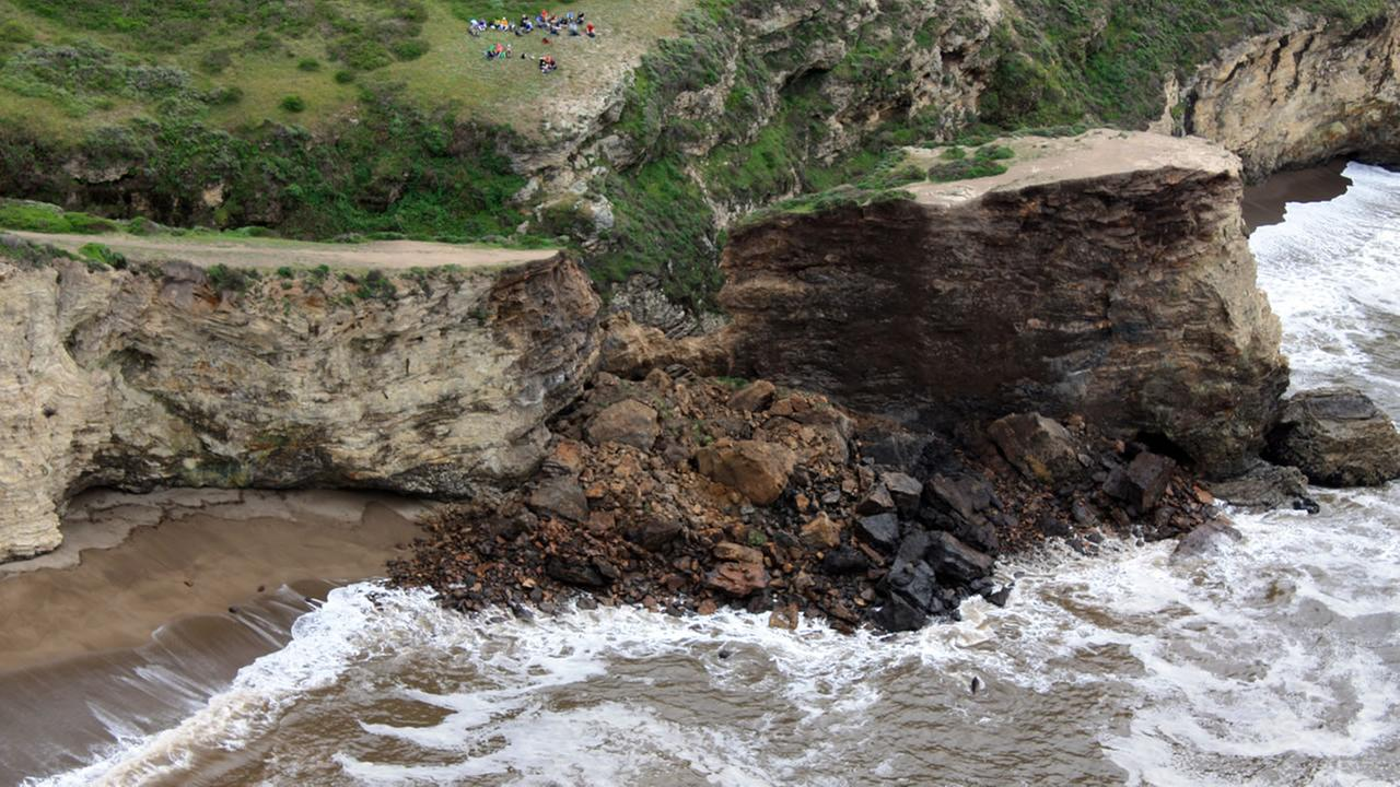 This photo provided by Point Reyes National Seashore shows a rockslide at Arch Rock within Point Reyes National Seashore on the Northern California coast north of San Francisco.