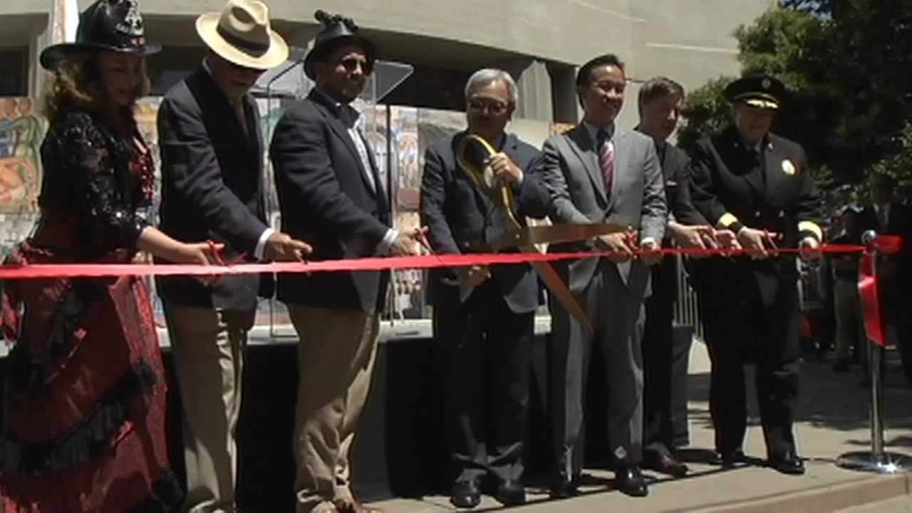 Mayor Ed Lee cutting the ribbon to reopen Coit Tower.