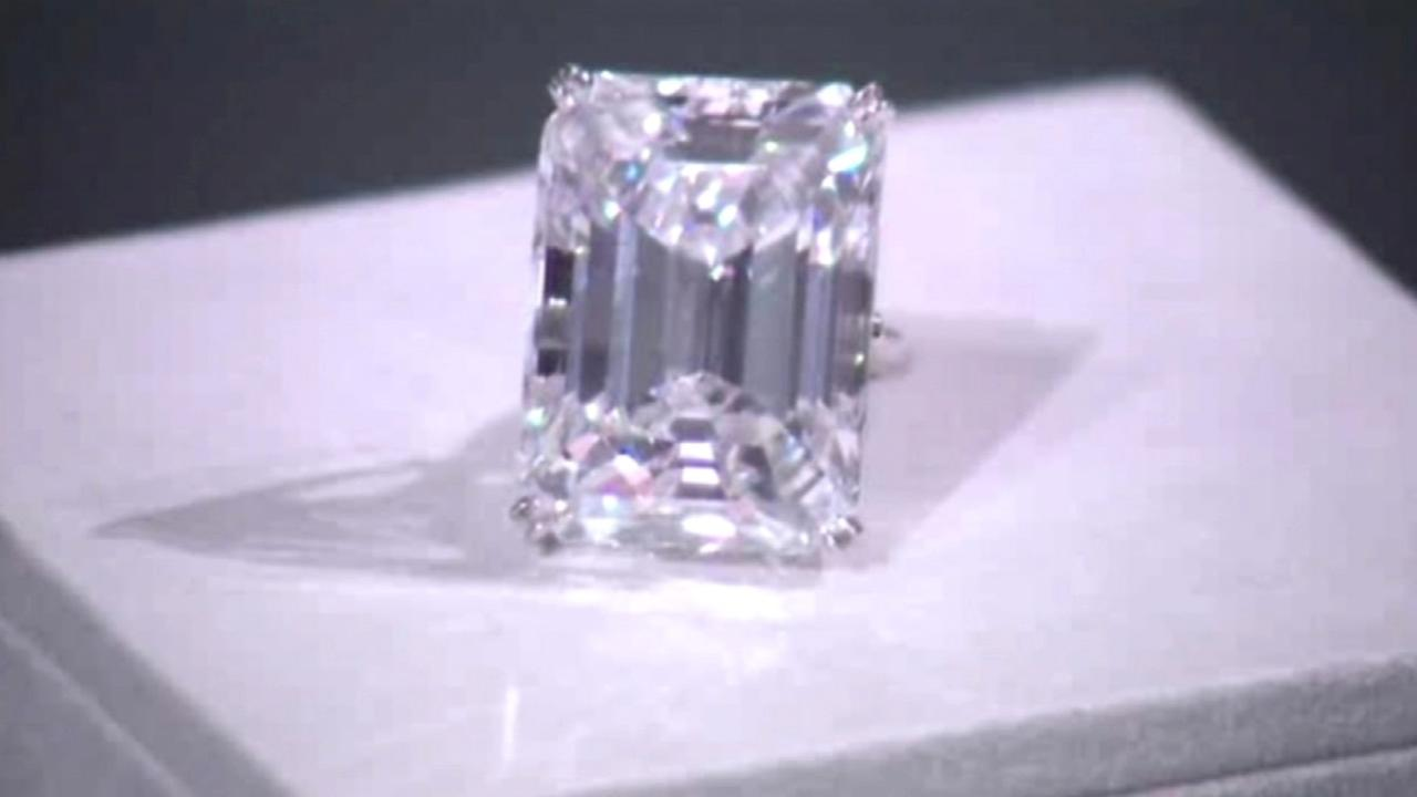 A flawless 100-carat diamond in a classic emerald-cut could fetch up to $25 million at a New York City auction.
