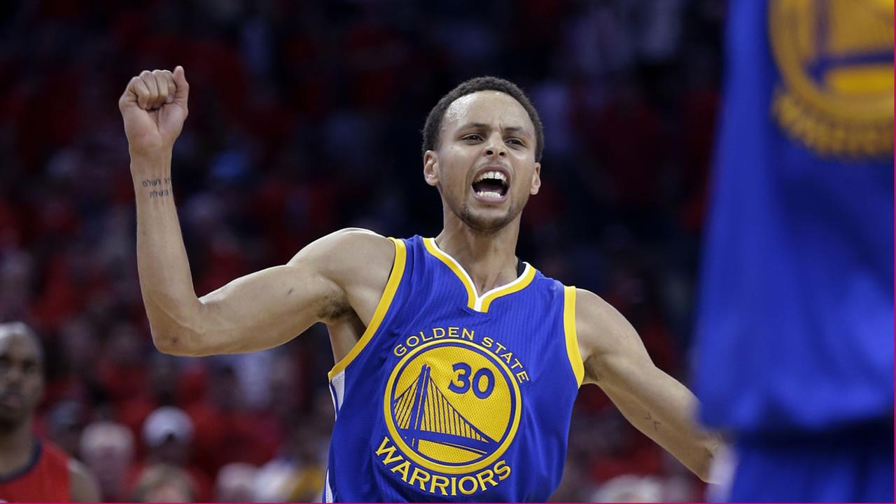 Steph Curry celebrating victory