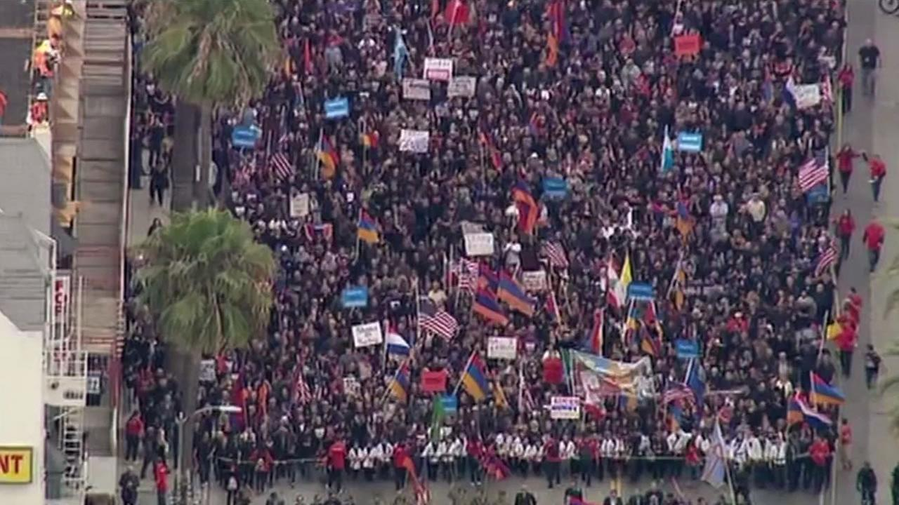 thousands marching