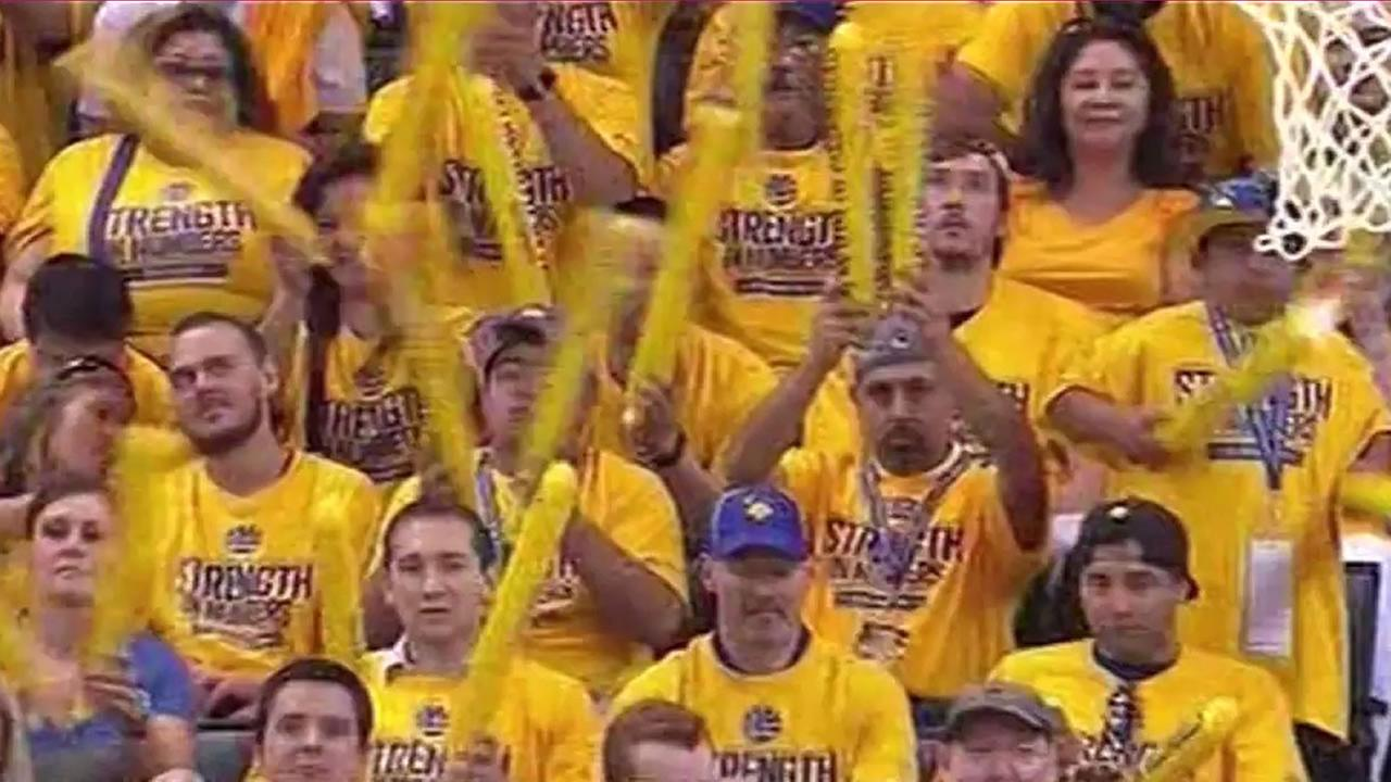 Warriors fans cheering