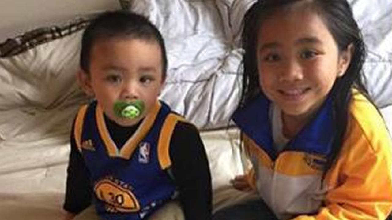 Golden State Warriors fans are showing off their #DubNation pride! Tag your photos on Facebook, Twitter, Google Plus, or Instagram using #DubOn7!Photo sent to KGO-TV by Allen Grande Ladi via uReport