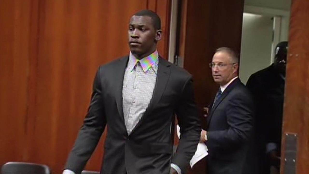 San Francisco 49ers linebacker Aldon Smith appears in court.