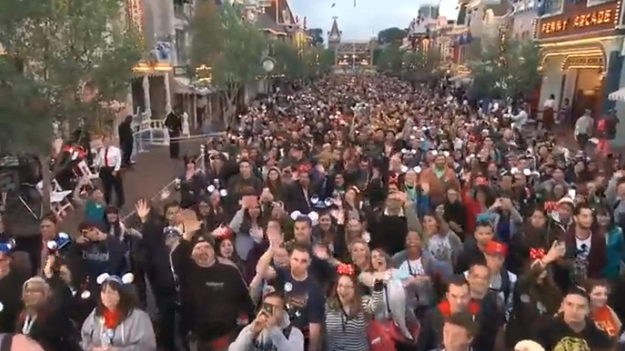 Crowd at Disneyland for the Diamond Celebration.