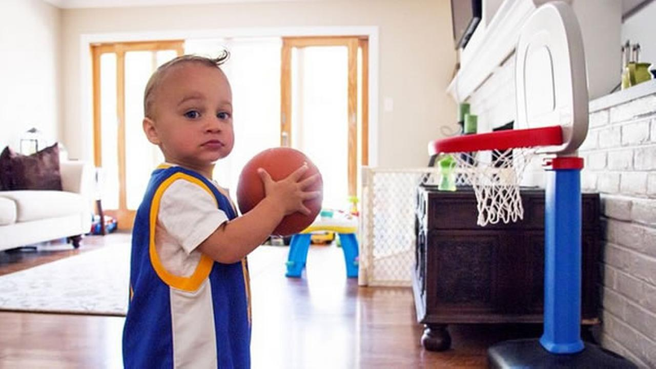 This little Warriors fan looks like hes ready to dunk! Tag your photos on Facebook, Twitter, Google Plus or Instagram using #DubsOn7.