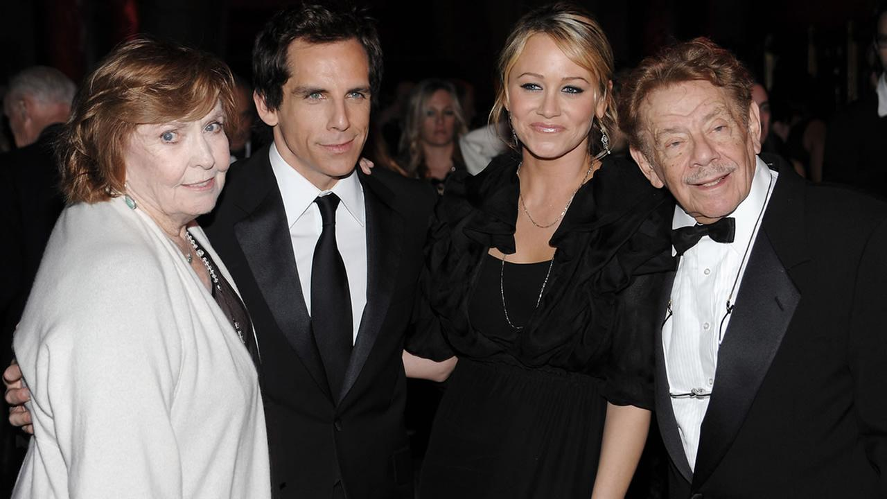 Ben Stiller poses with his mother Anne Meara, his wife Christine Taylor and his father Jerry Stiller at at Ciprianis 42nd Street on Nov. 12, 2008 in New York. (AP Photo/Evan Agostini)