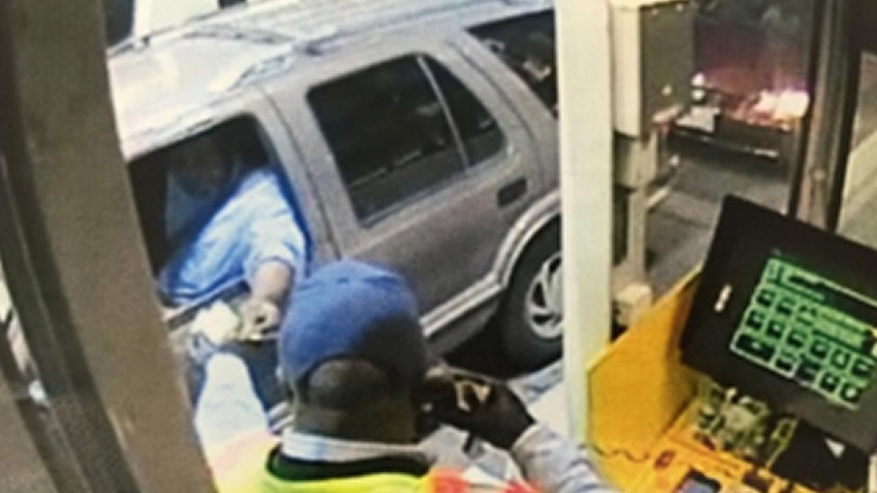 The CHP is looking for witnesses after a young girl was spotted apparently struggling with the passenger of this car at the Bay Bridge toll plaza on May 23, 2015.