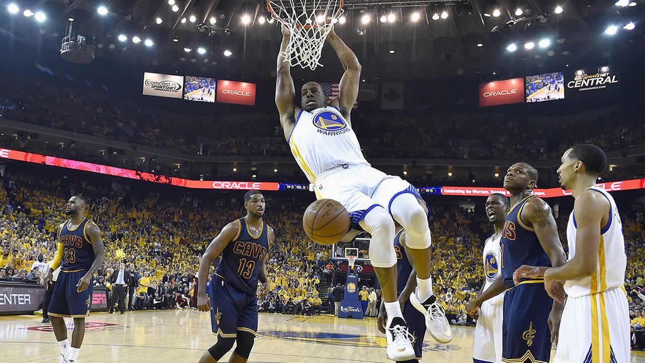 Golden State Warriors guard Andre Iguodala dunks