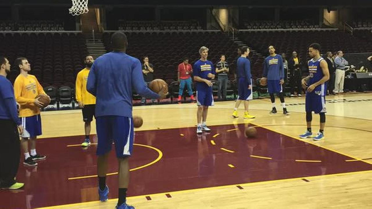 Stephen Curry and the Warriors tune up for Game 3 of the NBA FInals against the Cavaliers on Tuesday, June 9, 2015 in Cleveland, Ohio.KGO-TV