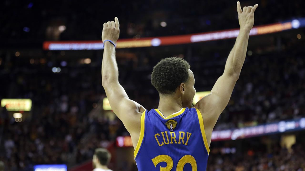 Golden State Warriors guard Stephen Currys back