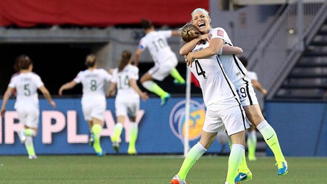 Team USA celebrates win over China in Womens World Cup