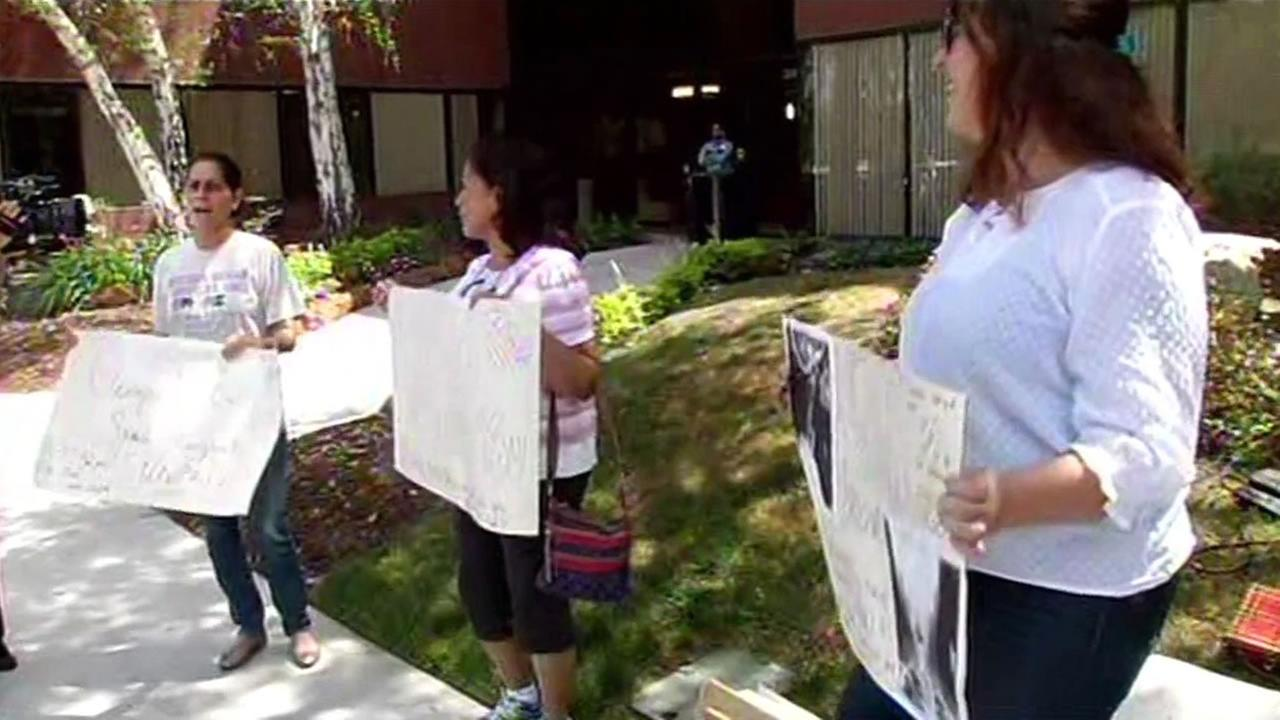 Teachers at Fame Charter School in Newark, Calif., which has several campuses shutting down, picketed on Tuesday, June 30, 2015.