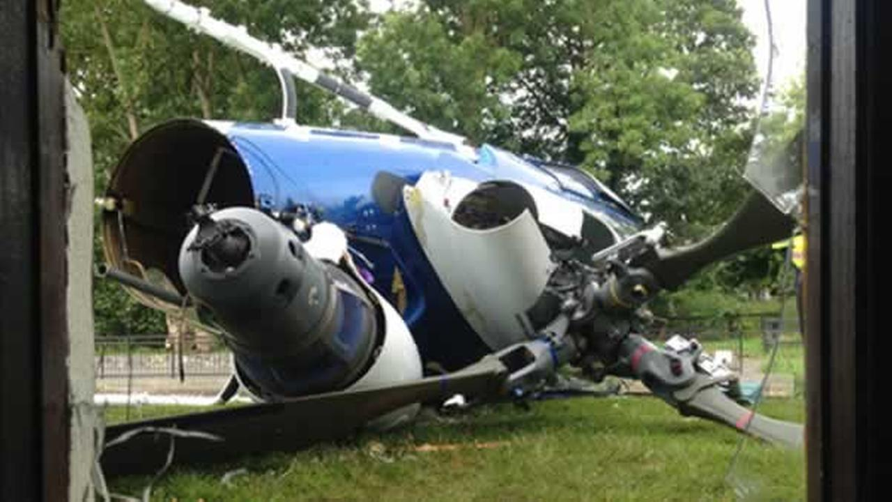 A pilots failed attempt to land his helicopter ended in a collision with a pub in Dublin, Ireland.