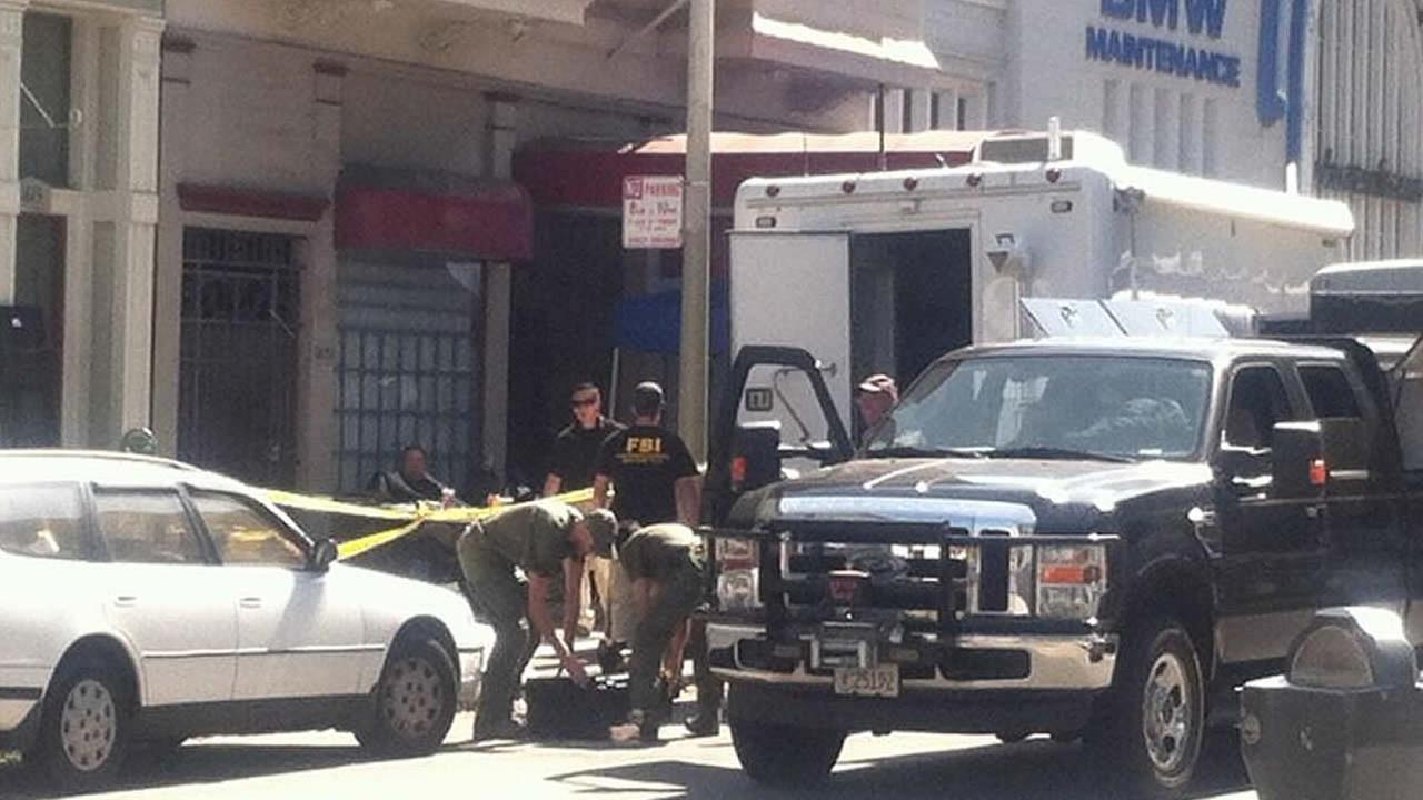 FBI raids apartment in San Francisco's Russian Hill ...