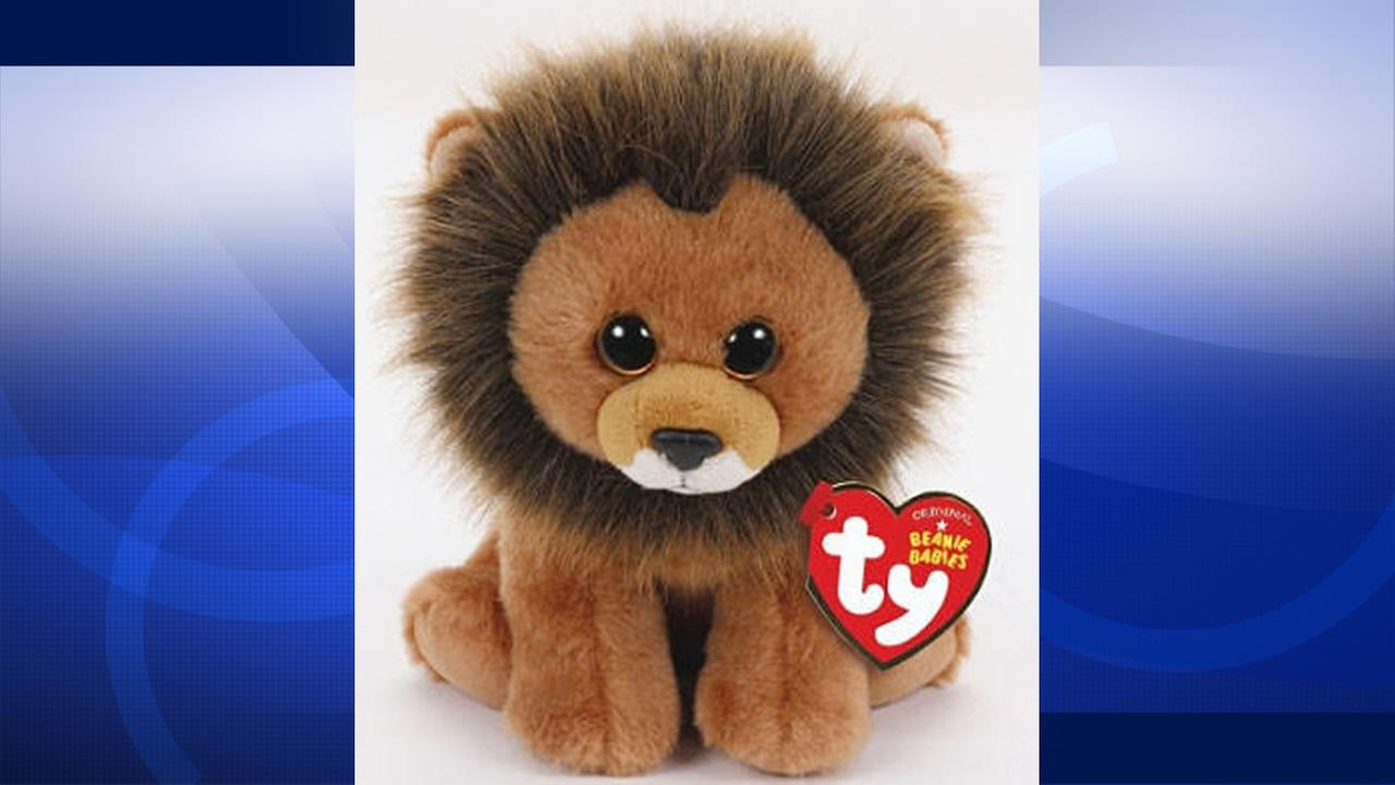 On Monday, August 3, 2015, Toy-maker Ty Inc. announced all proceeds from the Cecil the Lion Beanie Baby will be donated to a wildlife organization.