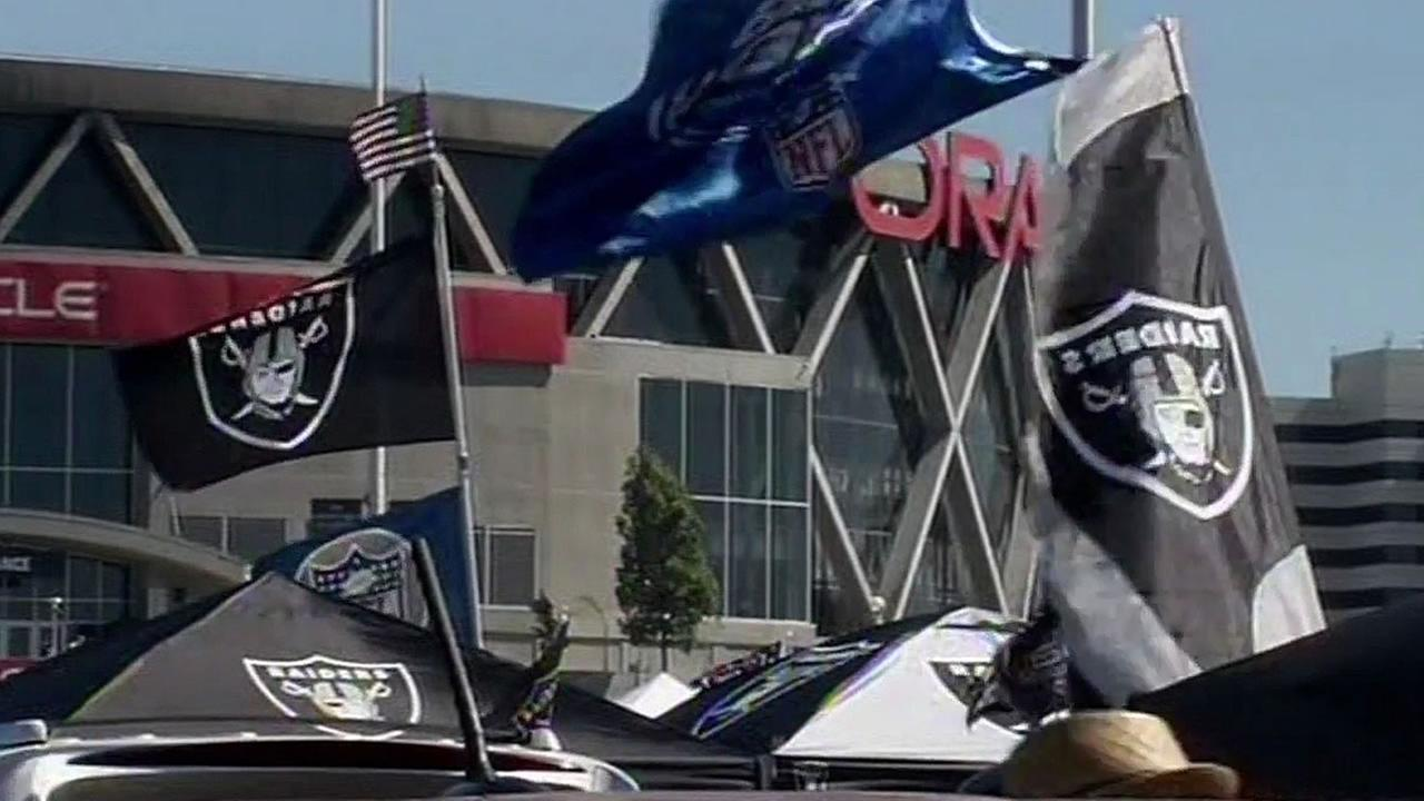 Raider Nation flags
