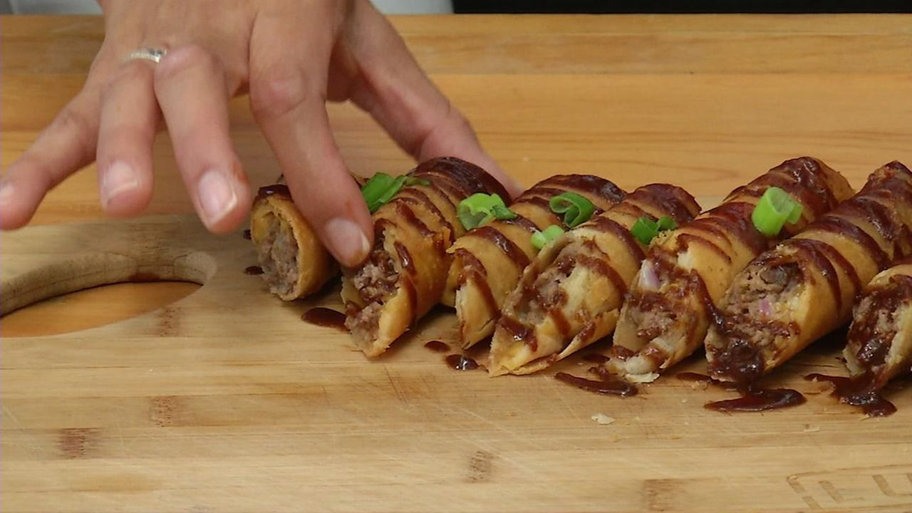 Learn how to make lumpia with this easy recipe!