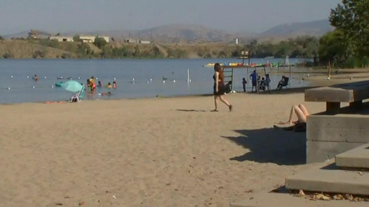 Bay Area residents try to beat the heat at Shadow Cliffs Lake in Pleasanton, Calif. on Wednesday, September 9, 2015.