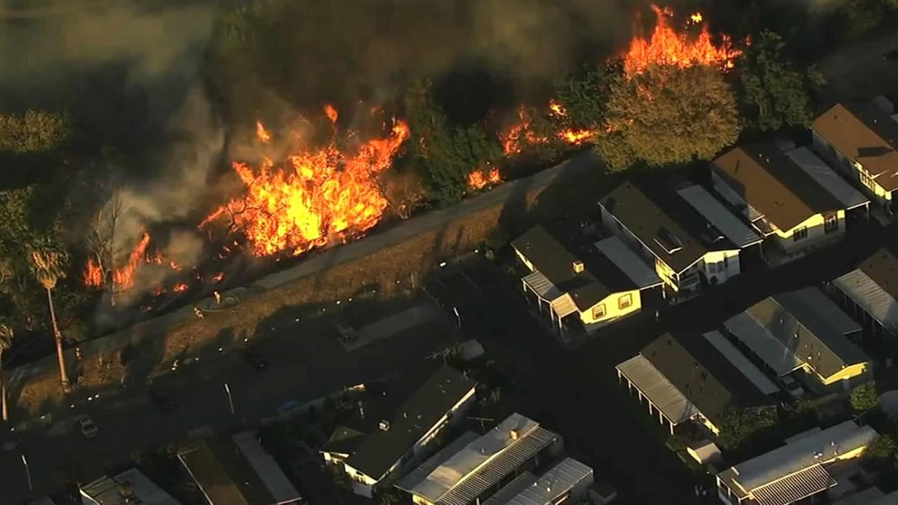 Fast Moving Grass Fire Sparks Near San Jose Mobile Home Park