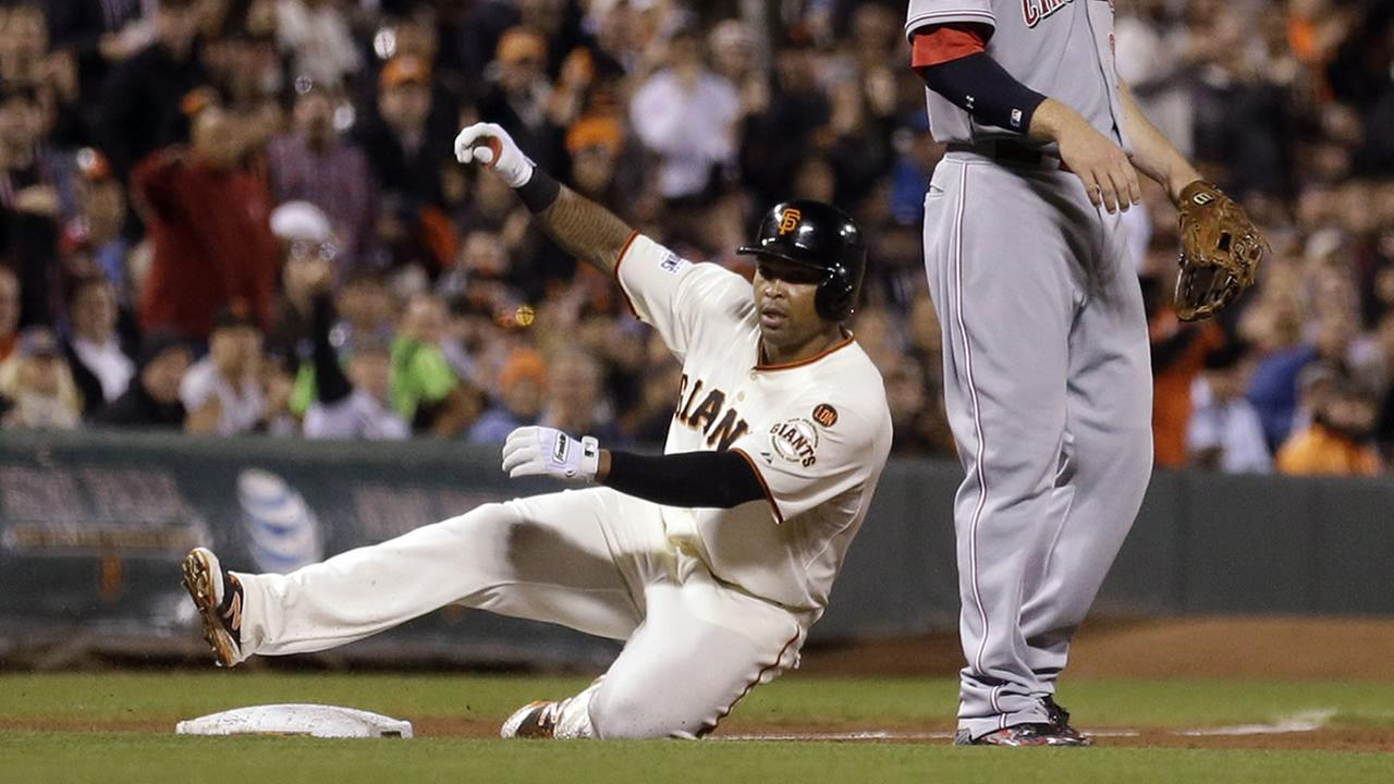 San Francisco Giants Marlon Byrd slides