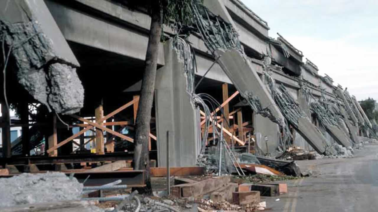 <div class='meta'><div class='origin-logo' data-origin='none'></div><span class='caption-text' data-credit=''>On October 17, 1989, a 6.9 magnitude earthquake ripped through the Bay Area.</span></div>