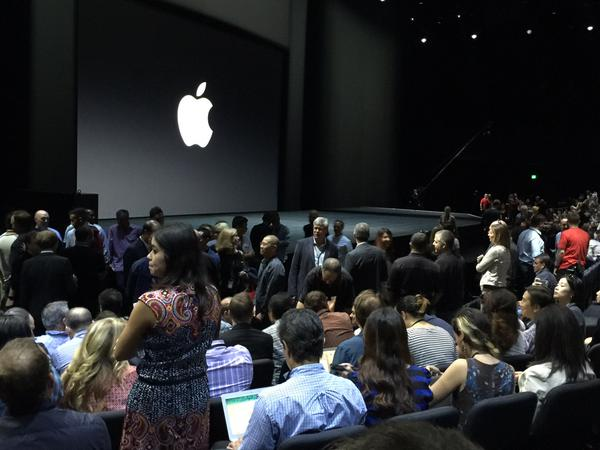 "<div class=""meta image-caption""><div class=""origin-logo origin-image none""><span>none</span></div><span class=""caption-text"">People scrambling for seats inside Bill Graham Auditorium for the #AppleEvent in San Francisco on Wednesday, September 9, 2015.  (David Louie/KGO-TV)</span></div>"