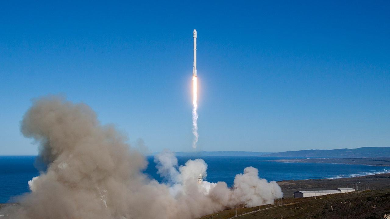 A photo released by SpaceX shows SpaceX Falcon 9 lift off from launch complex 40 at Space Launch Complex 4E at Vandenberg Air Force Base, Calif., on Jan. 14, 2017. (AP Photos)
