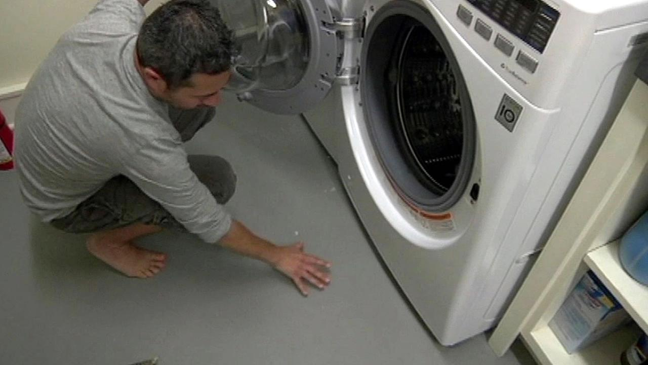 John Smith and his broken LG Washer