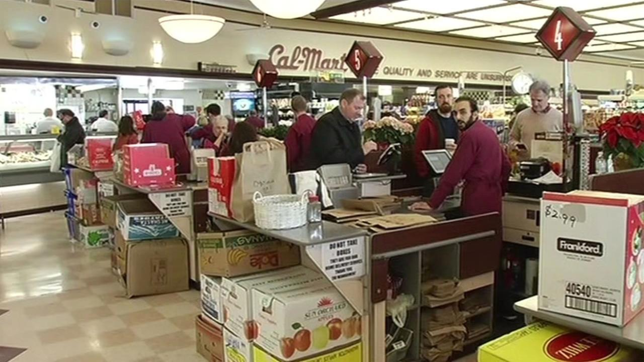 Shoppers filled the Cala-Mart in San Francisco on the eve of Thanksgiving Nov. 25, 2015.