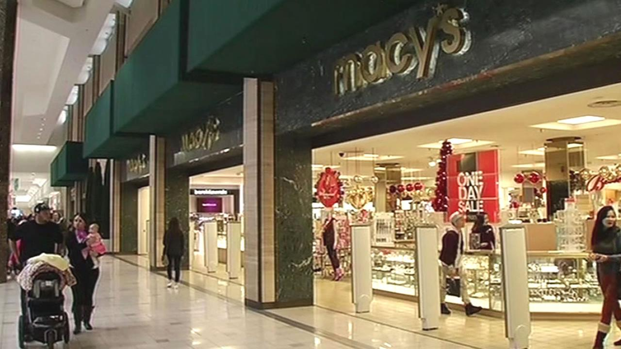 shoppers outside Macys