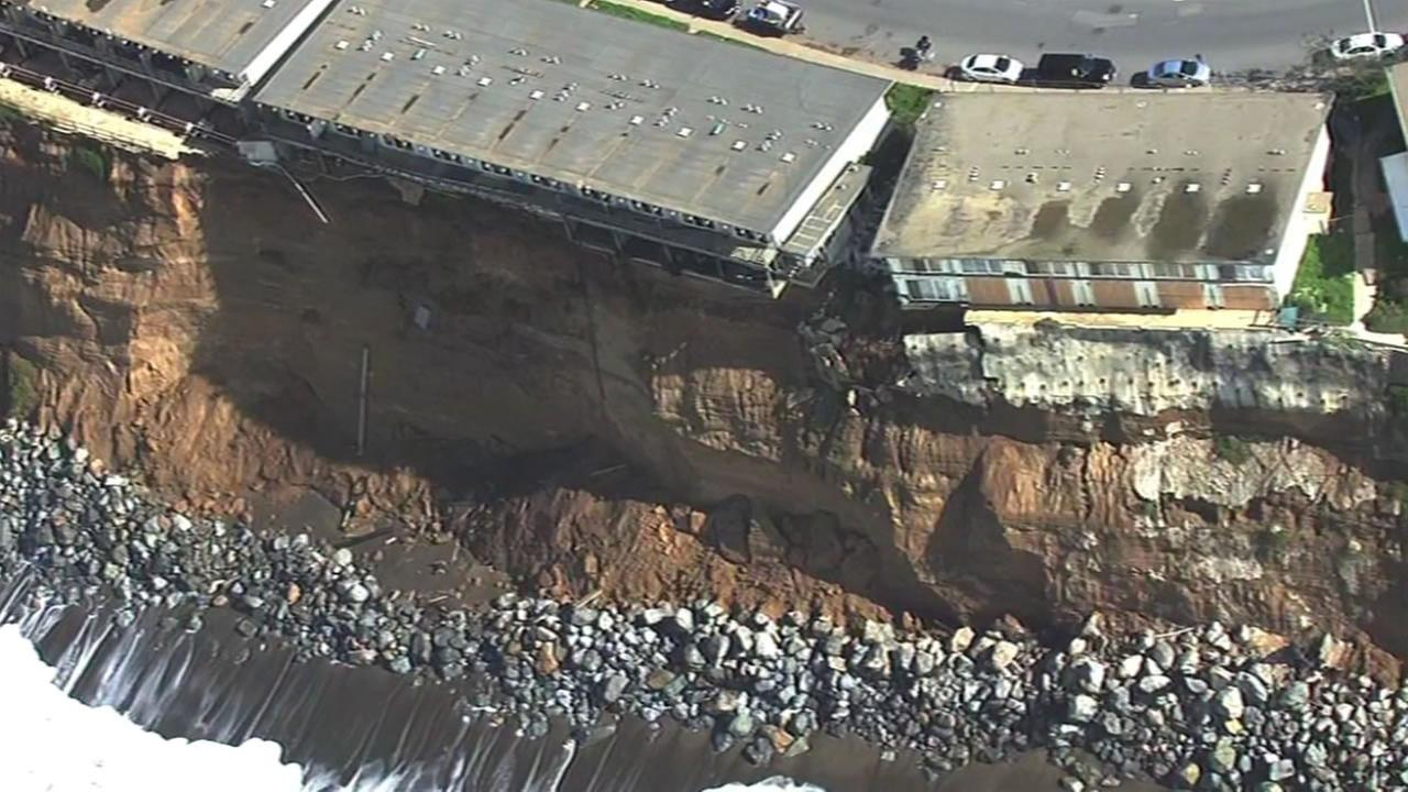 The ground under the apartments on Esplanade Avenue in Pacifica has been crumbling and residents are being ordered to move out, Jan. 26, 2016.